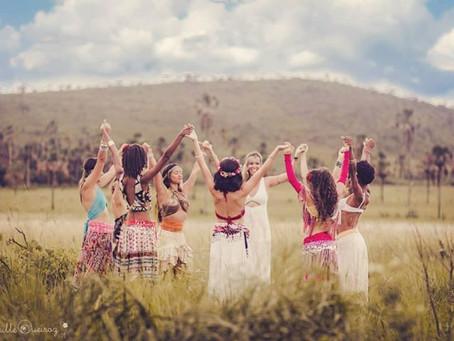 A REDESCOBERTA DO PODER FEMININO.  Um retiro de Tantra Yoga para mulheres em Alto Paraíso