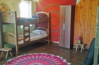 Espaço_Lotus_-_Hostel_e_Camíng_-Quarto_2