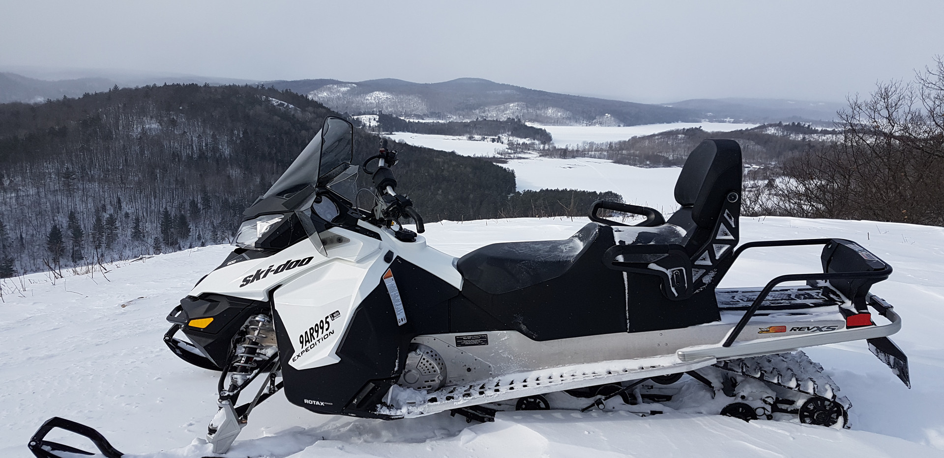 snowmobile ski-doo 600ace