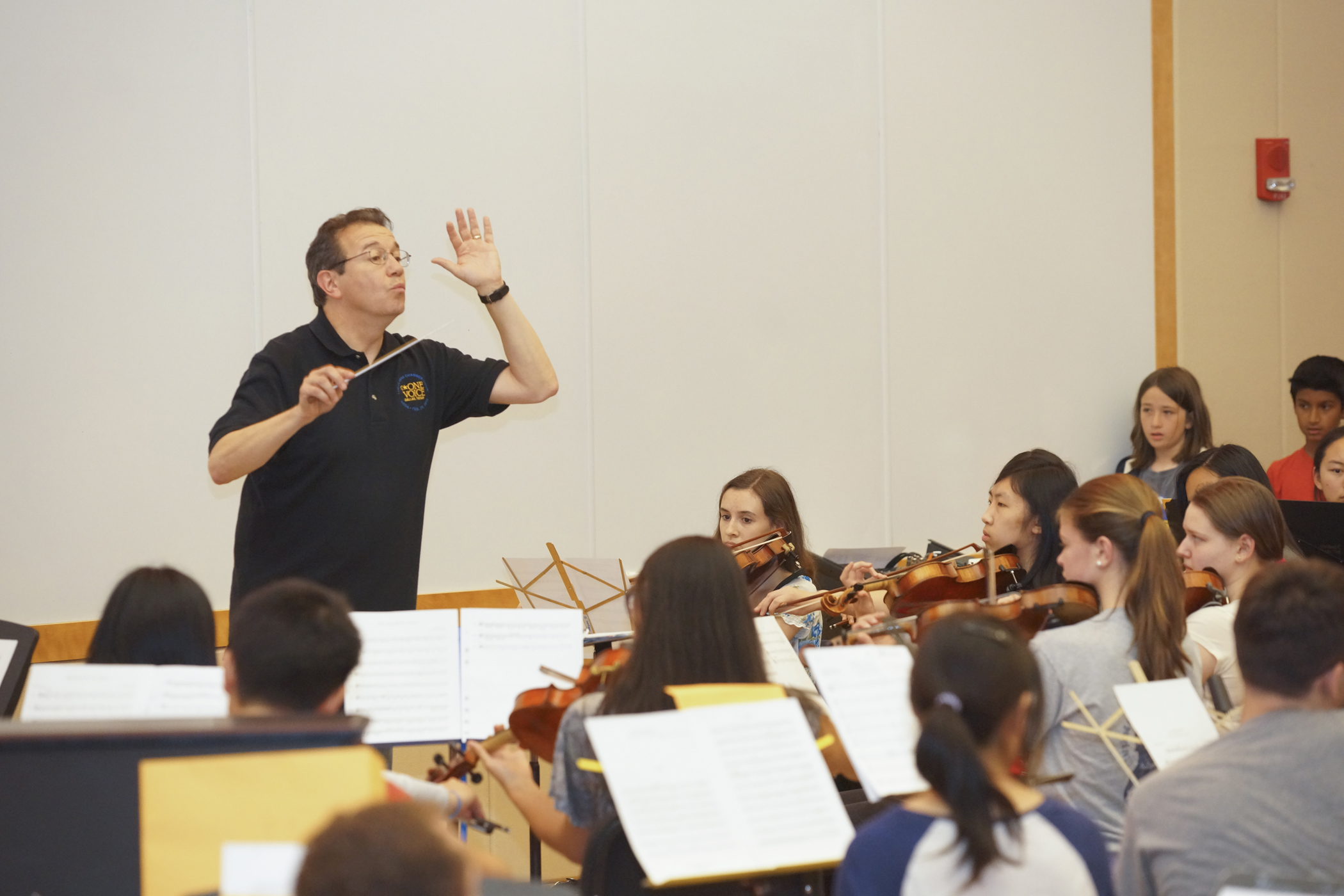 Guerra conducts orch