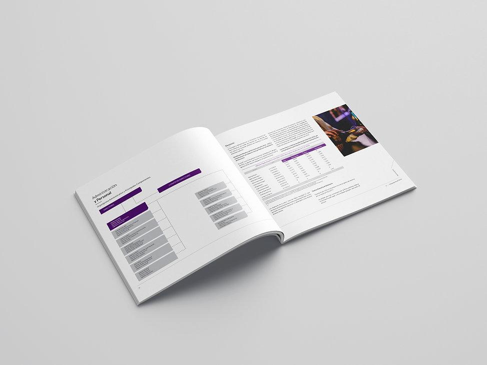 Free_Square_Brochure_Mockup_01(b).jpg