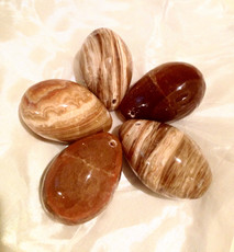 Benefits of Honey Calcite Crystal used for a Womb Clearing Practise.