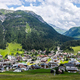 Lech am Arlberg.jpg