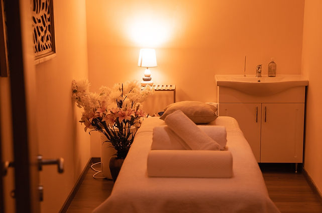 Massage%20Rooms_edited.jpg