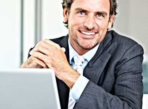 Empresário sorrindo