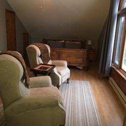 Chambre lit king avec vue