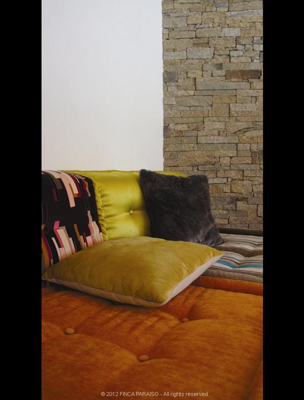 9_sofa