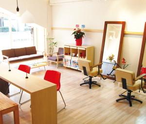 【カーサミオ】は、羽曳野市・近鉄南大阪線・古市駅近辺の美容院・ヘアーサロンです。
