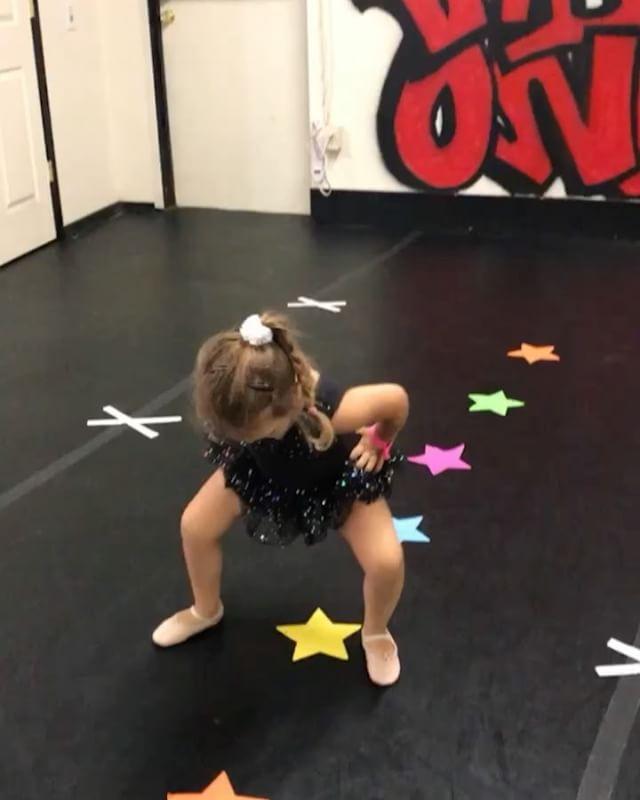 Across the floor jumps 👏🏼
