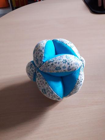 Balle de préhension bleue