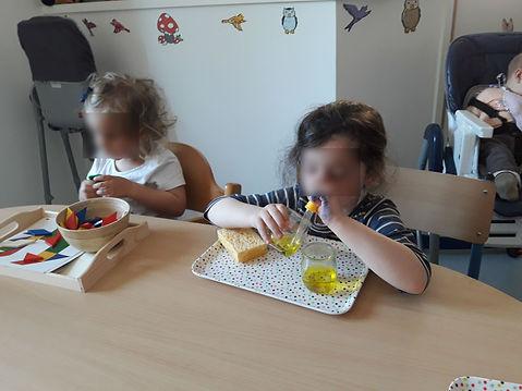 Les enfants sont concentrés