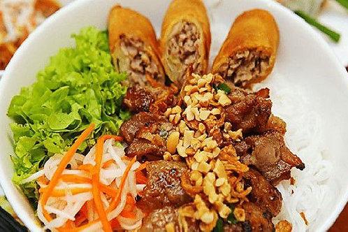 Seafood spring rolls & grilled Pork