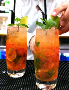 Calcutta club Strawberry Mojito
