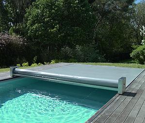 Couverture de piscine Coverseal C500SA Modèle Semiautomatique Membrane grise
