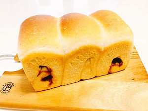 レーズン食パン.JPG