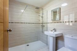 Martin's Place Bathroom