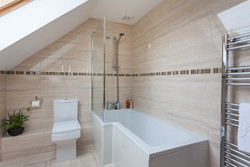 Martin's Place Bathroom 3