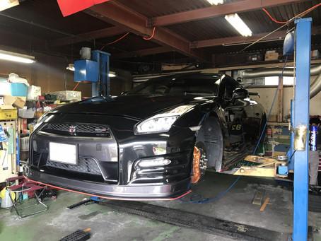 R35 GT-R 車高調アダプタ取付