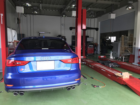 Audi S3ホイール交換