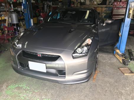 R35 GT-R サスペンション交換入庫