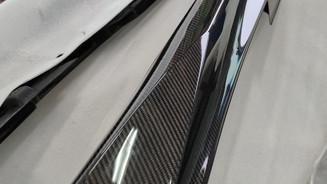 R35 GT-R カーボンサイドスカート入荷