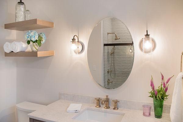 Shiloh Cabinetry, Fireclay tile, Kohler Margaux, Viatera Aura quartz, Zurich white, Gold hardware