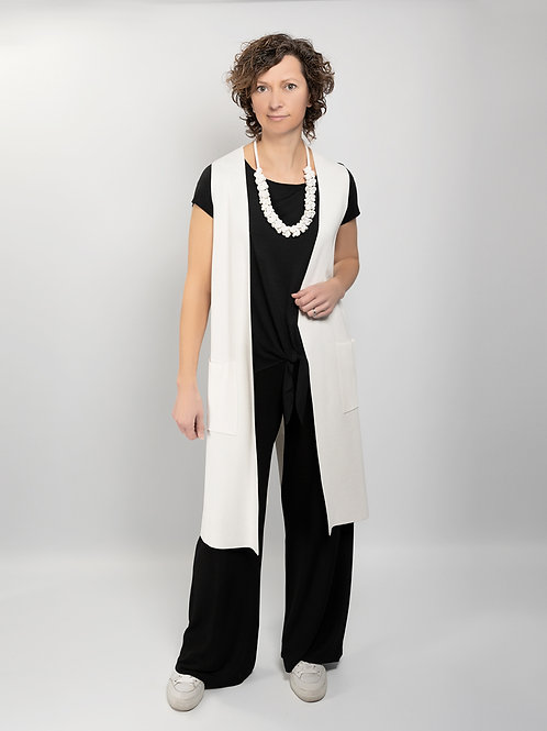 Knitted long gillet