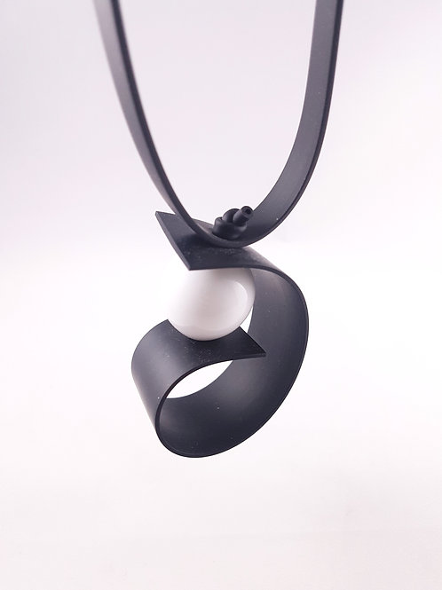 Samuel Coraux Virgule necklace