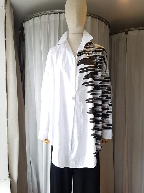 Thanny white shirt with black brushtrokes