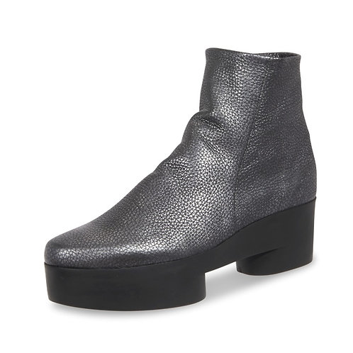 Arche Sixizz boot in metallic titanium grey