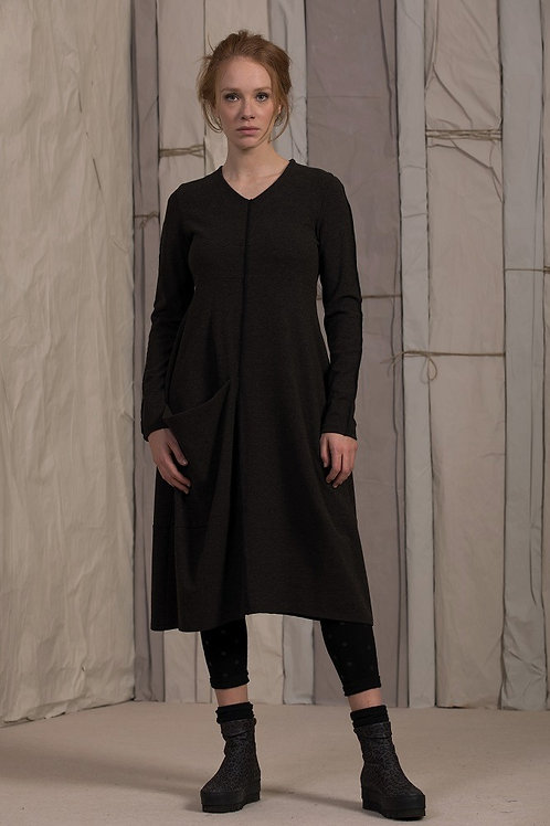 Neirami black dress with pocket