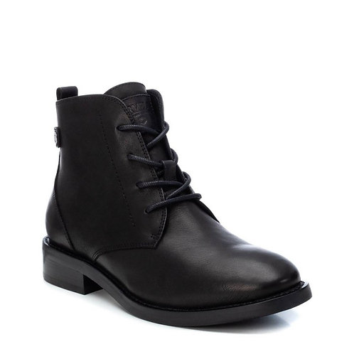 Carmela classic low ankle boot