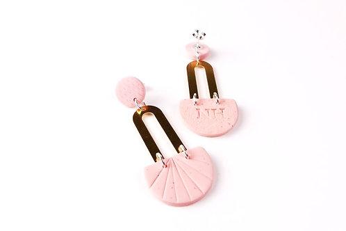 Nadege Honey Powder Pink Earrings