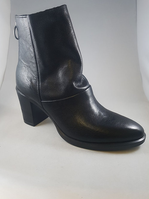 Mjus Black Leather Heel Ankle Boot With Back Zip