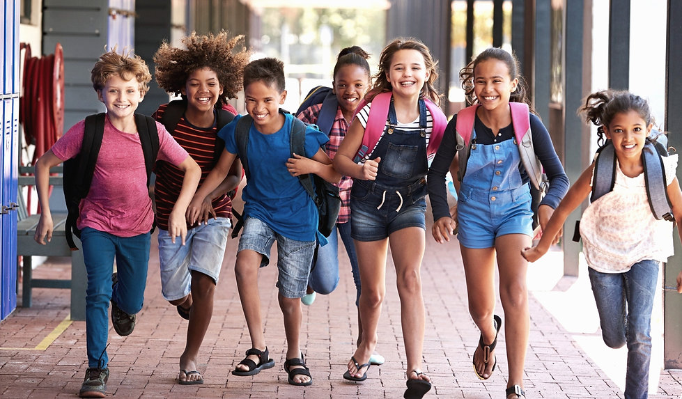 school-kids-running-in-elementary-school