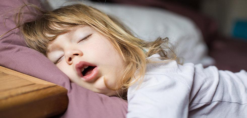 sleeping-girl-funny.jpeg