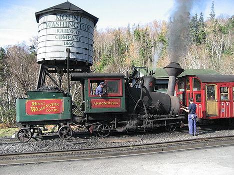 800px-Mount_Washington_Cog_Railway_Ammon