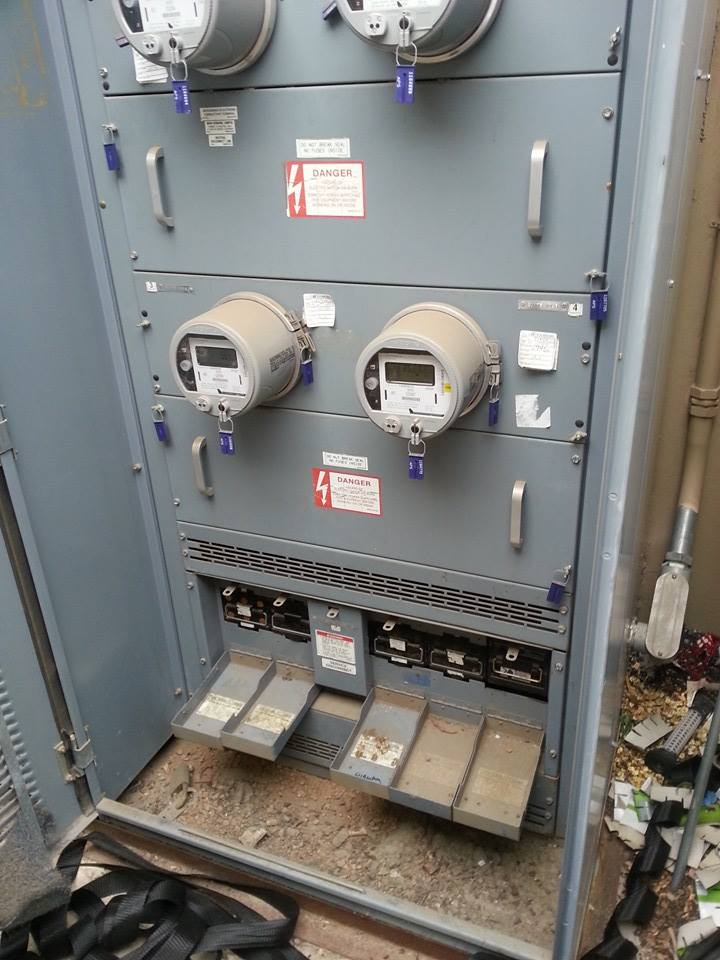Main commercial fuses Install repair