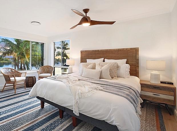 Bedroom setting.jpeg
