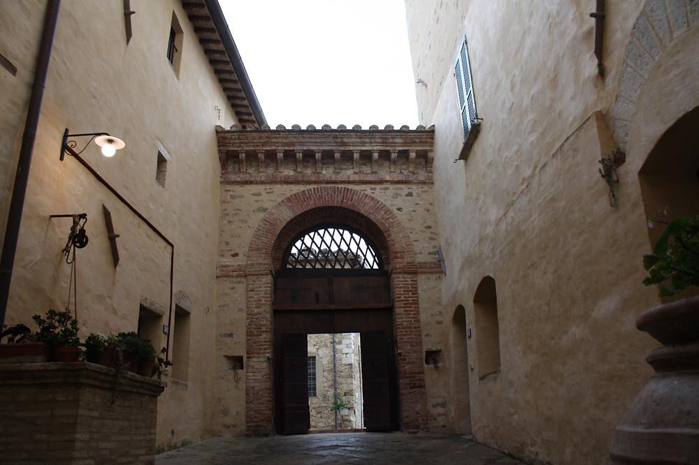 inside borgo