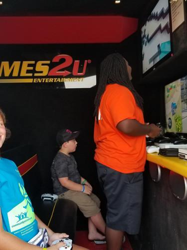 Games 2U.jpg