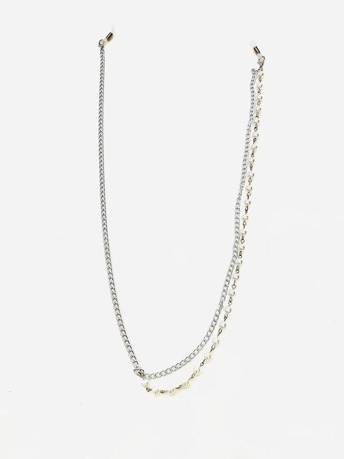 Catenella in metallo e perle