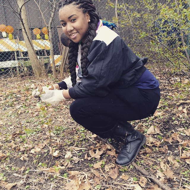 Ciera, pulling garlic mustard _earthmonthmke _southwestair _the_sca  _sca_milwaukee