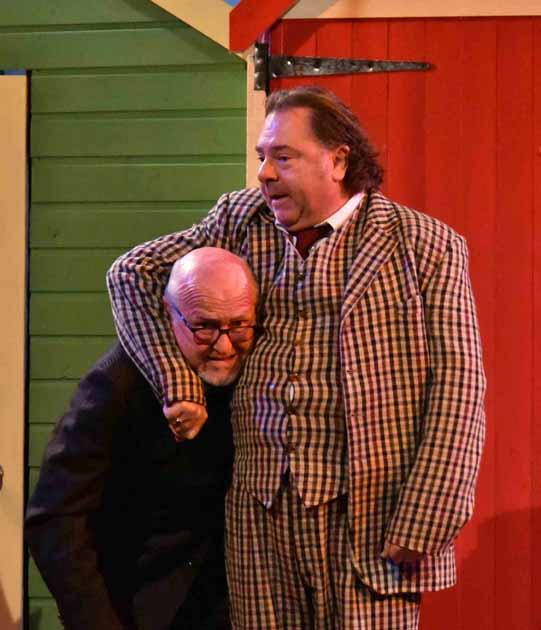 One Man Two Guvnors (4)