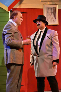 One Man Two Guvnors (7)