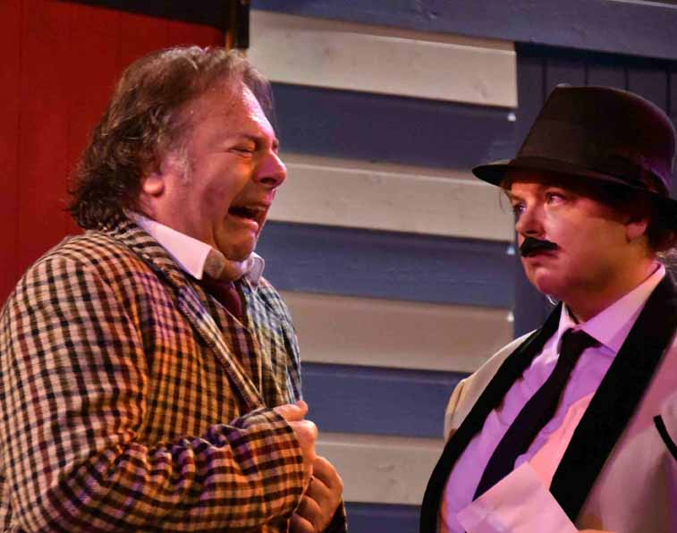 One Man Two Guvnors (30)