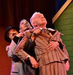 One Man Two Guvnors (25)