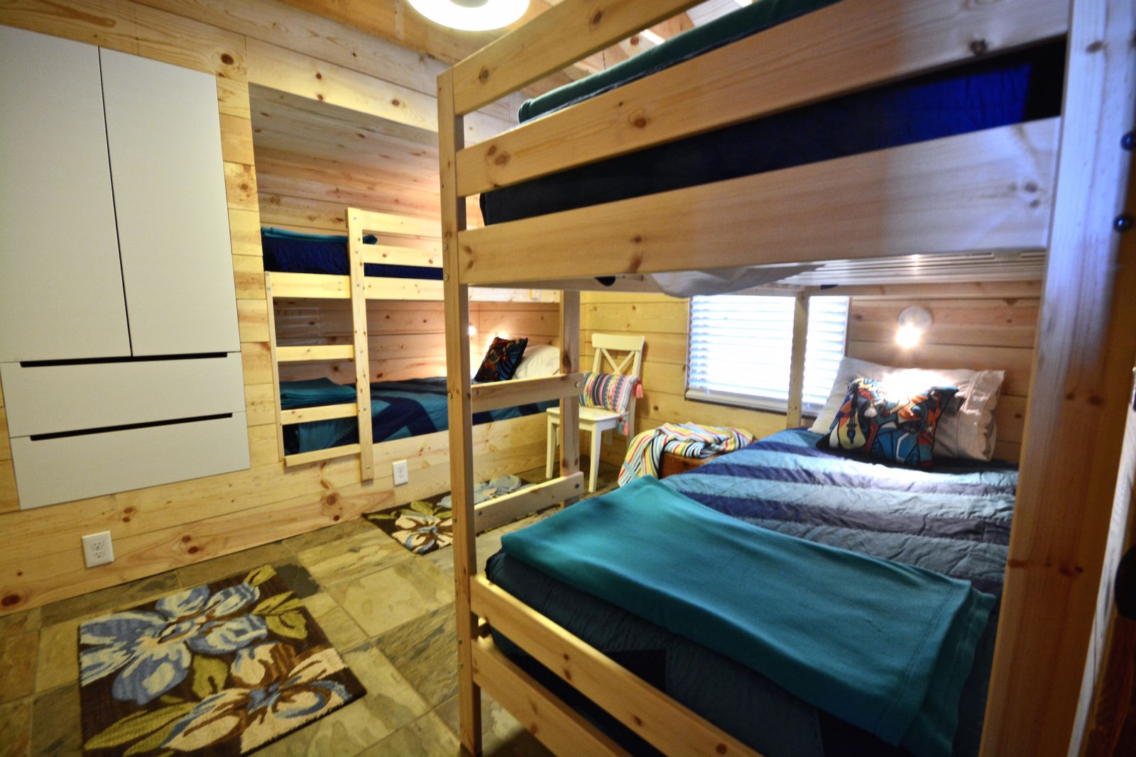 Cozy Bunk Beds