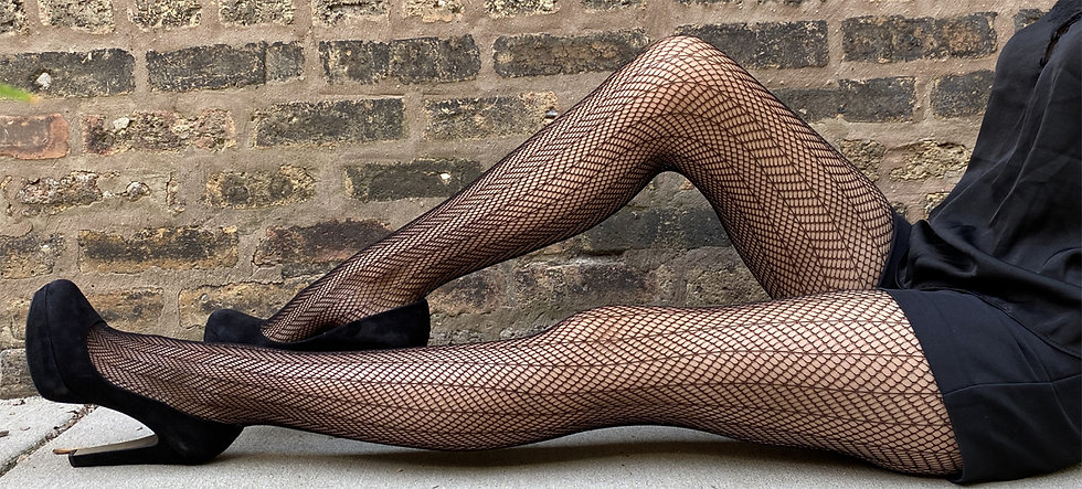 black-fishnet-tights-for-women-malka-chi