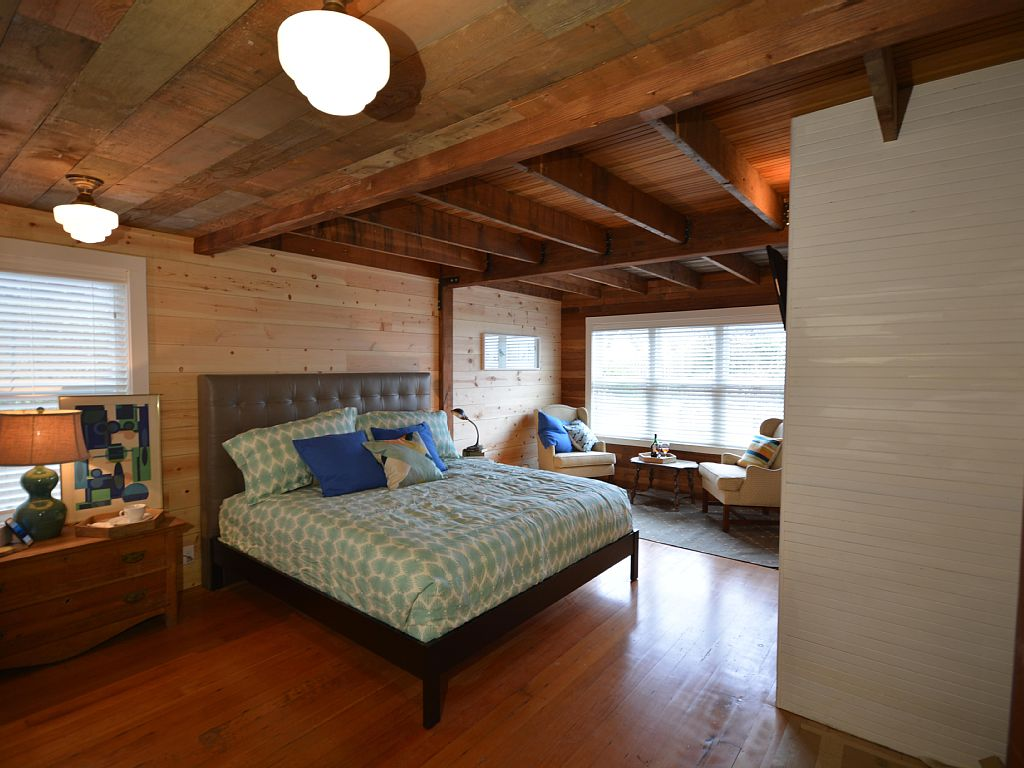 Historic Reed House Master Suite